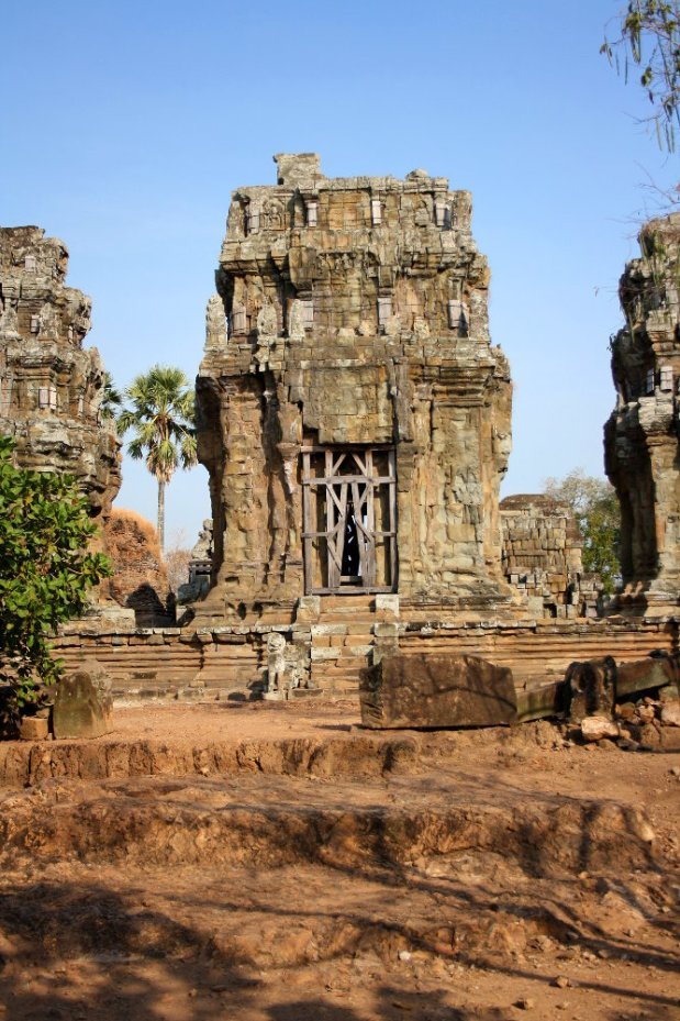 Old temple next to Siem Reap