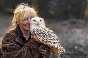 Tanja Brandt with Snowy Owl Uschi